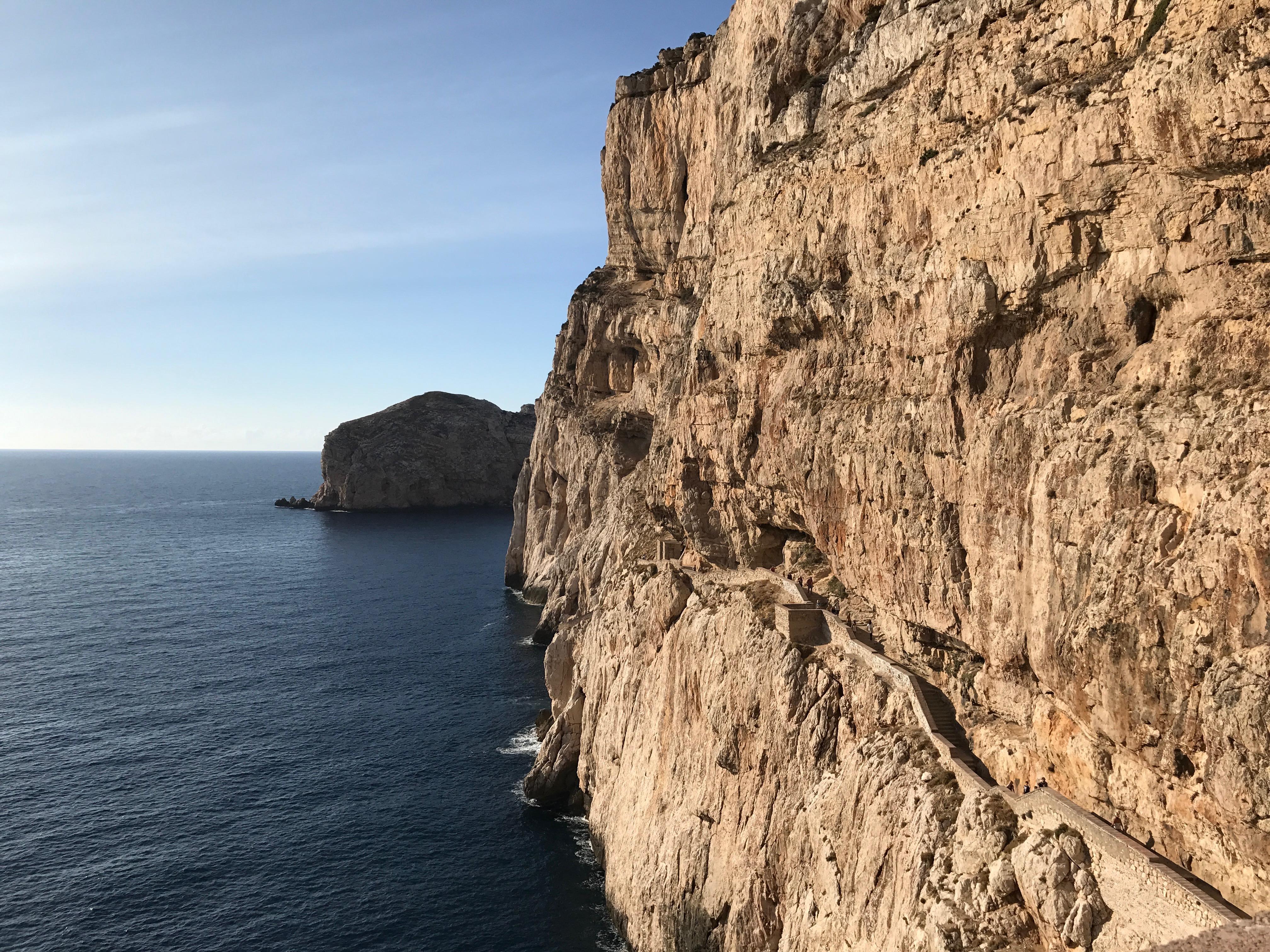 Priya the Blog, Nashville travel blogger, Italian vacation, Sardinia vacation, Italy trip, #basicbellas, Capo Caccia National Park, Neptune's Grotto, Capo Caccia cliffs Sardinia, de Grotta de Nettuno