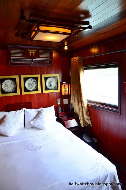 halfwhiteboy - halong bay cruise 24