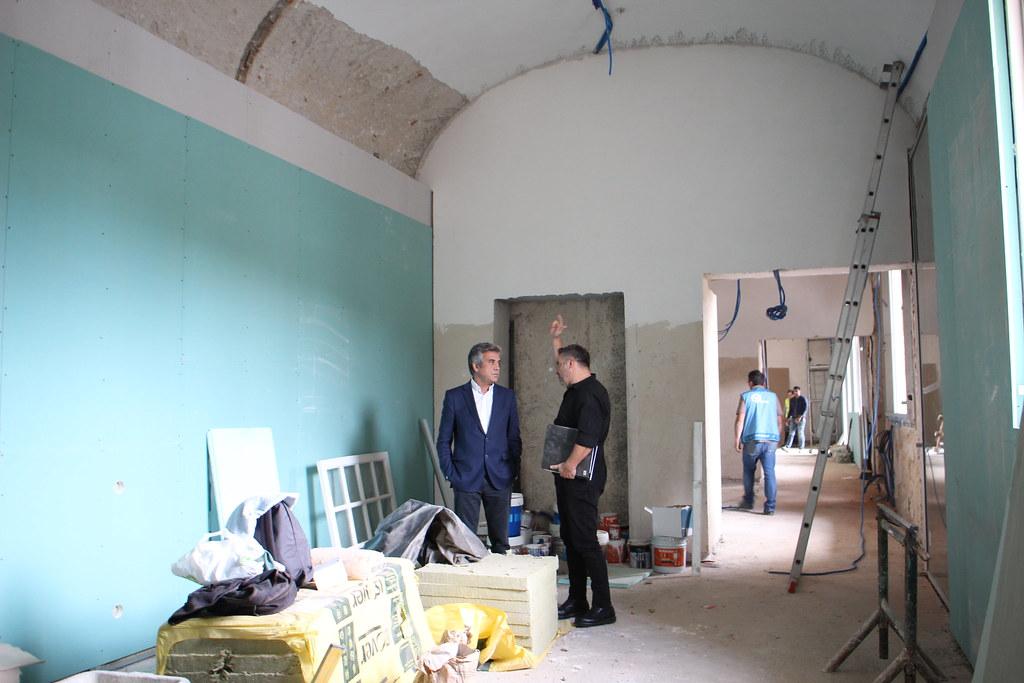 Presidente da Câmara Municipal visitou obras de remodelação do piso térreo do Mosteiro de S. Miguel de Refojos (1)