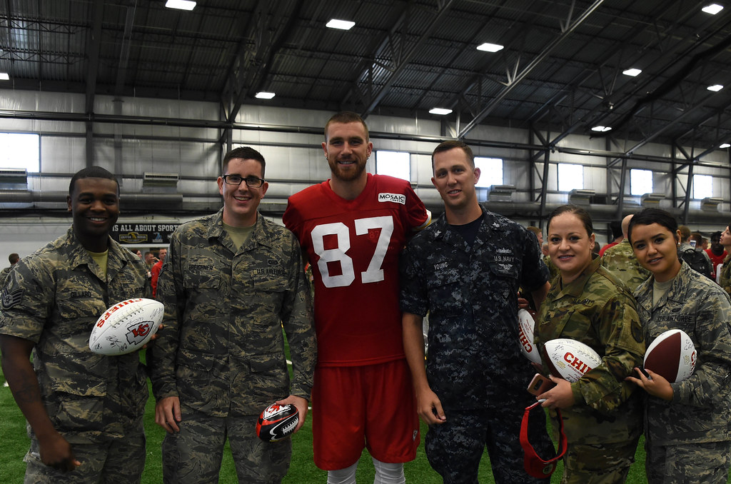 170816 F WA802 054 | Kansas City Chiefs hold Military Apprec