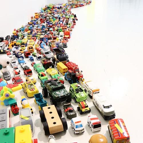 ミニカーたくさん #かえっこ #3331artschiyoda