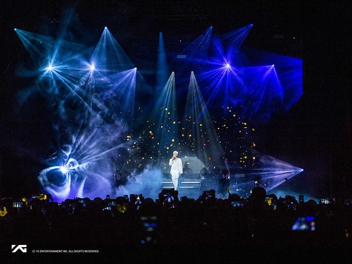 Taeyang WHITE NIGHT in San Jose 2017-09-10 (6)