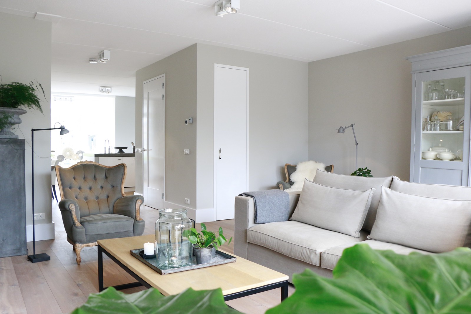 Woonkamer Eclectisch Inrichten : Woonkamer strak inrichten simple je huis inrichten met