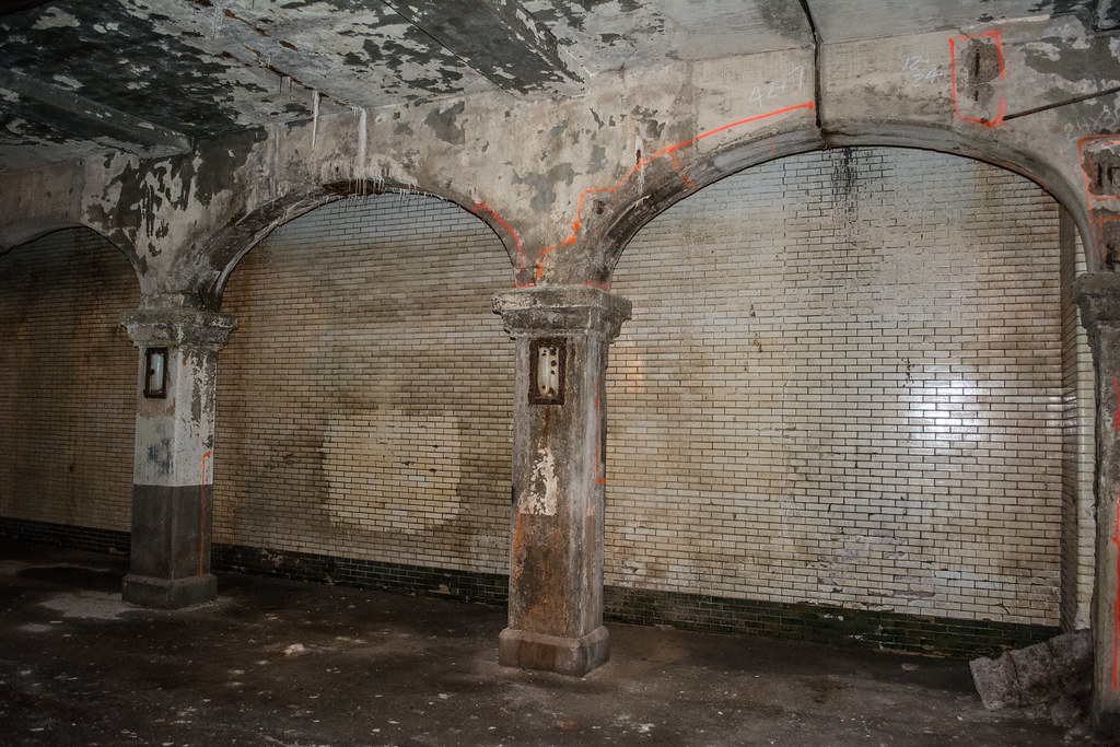 subway tunnel walls 02 - Detroit Superior Bridge