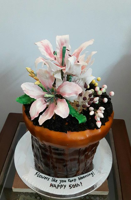 Flower Pot Cake by Bake Addict