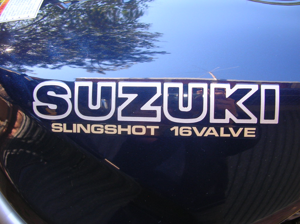 "Tipo de letra Leyenda ""SLINGSHOT 16VALVE"" 36515972615_a3fde33b99_b"