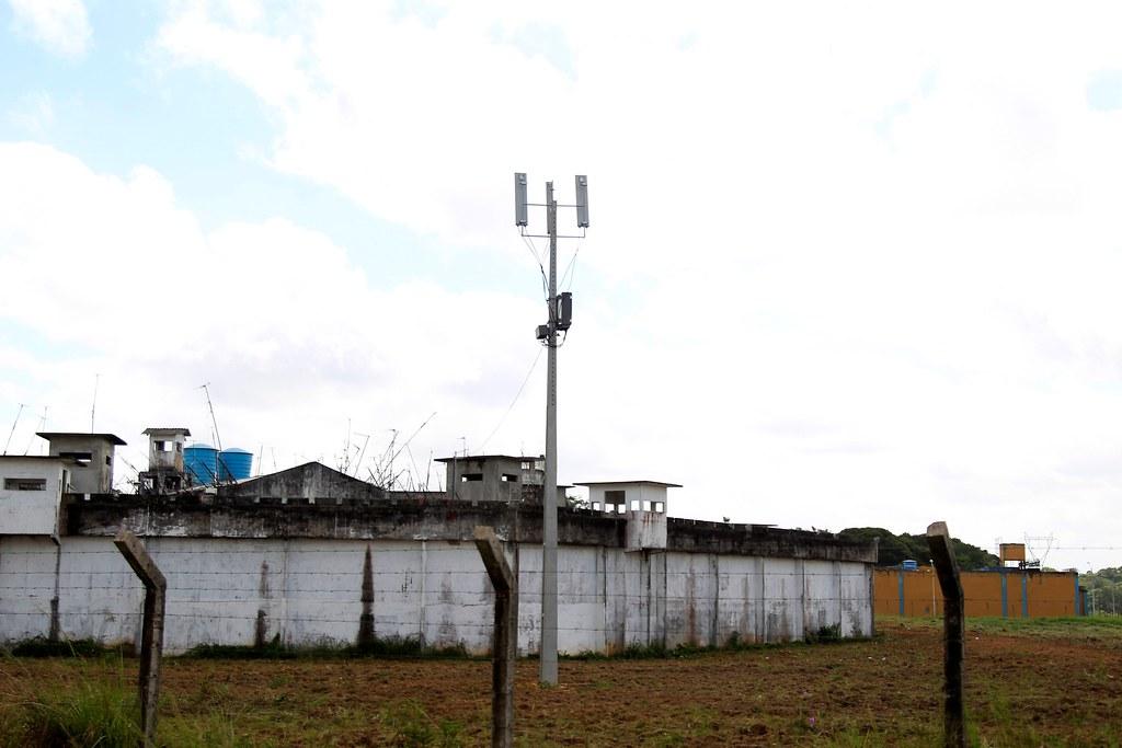 Governo instala bloqueadores de celulares em 6 presídios no Pará