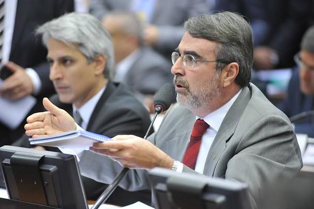 """""""Se nada for mudado, nós vamos ter uma campanha multimilionária"""", avalia deputado Henrique Fontana (PT-RS) - Créditos: Agência Câmara"""