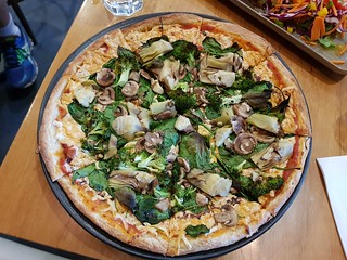 Artichoke Pizza from Vegerama