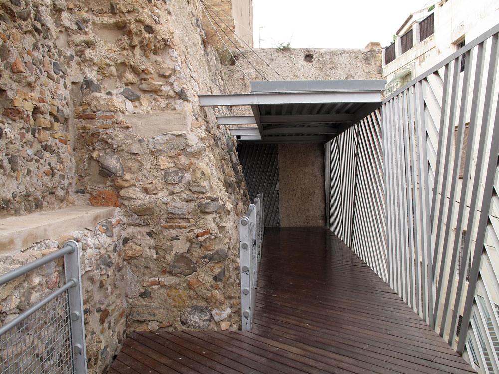 museo teatro cartagena_patrimonio_rafael moneo_intervención pasarela metálica_unión teatro