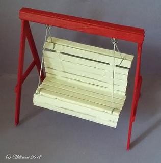 Puutarhakeinu - Garden swing