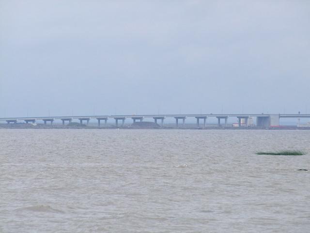 Kronstadt pont reliant l'ile, Fujifilm FinePix S100FS