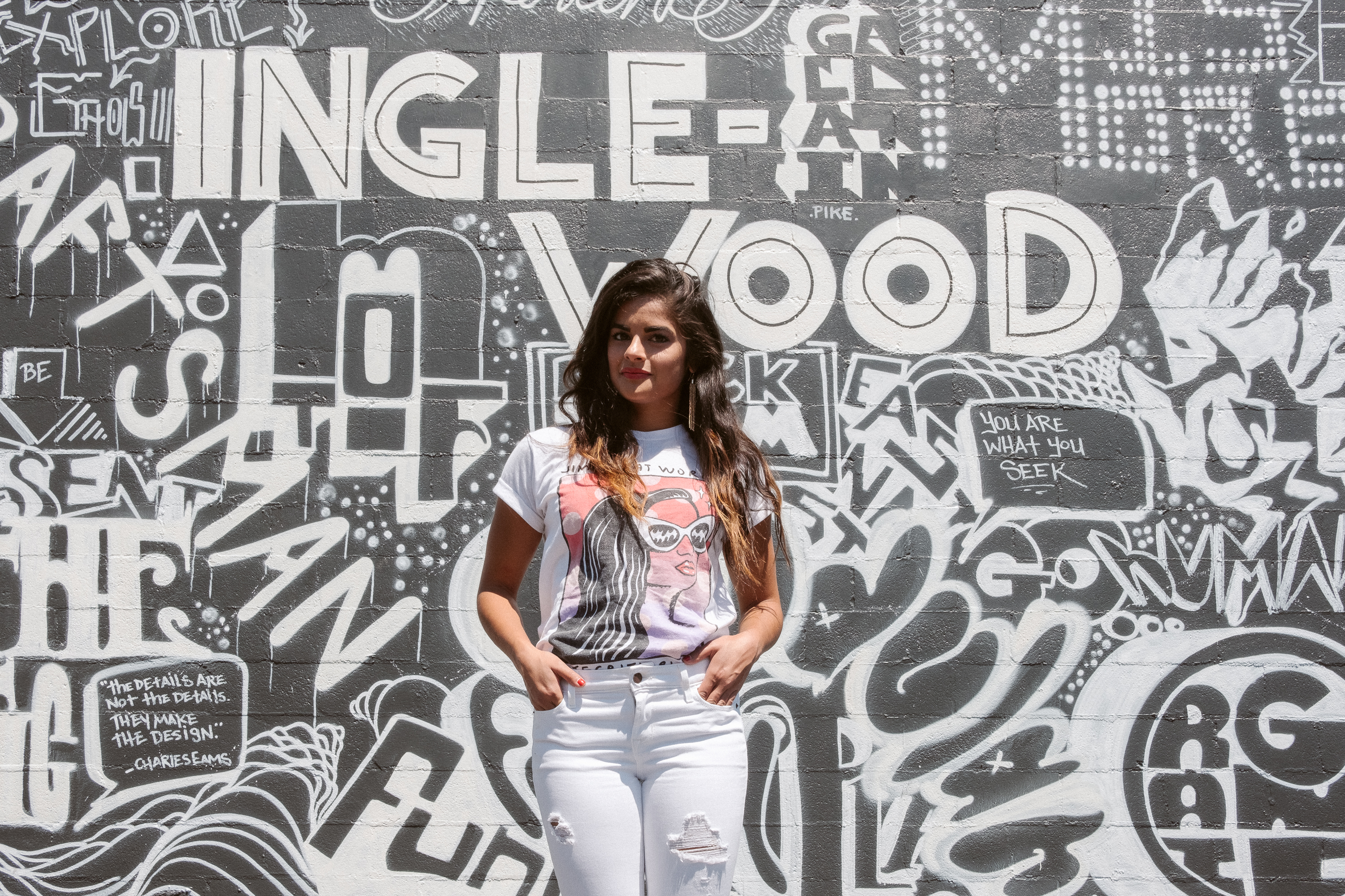 Nashville fashion blogger, Jimmy Eat World graphic tee, white color-blocked Summer outfit, gold beaded tassel earrings