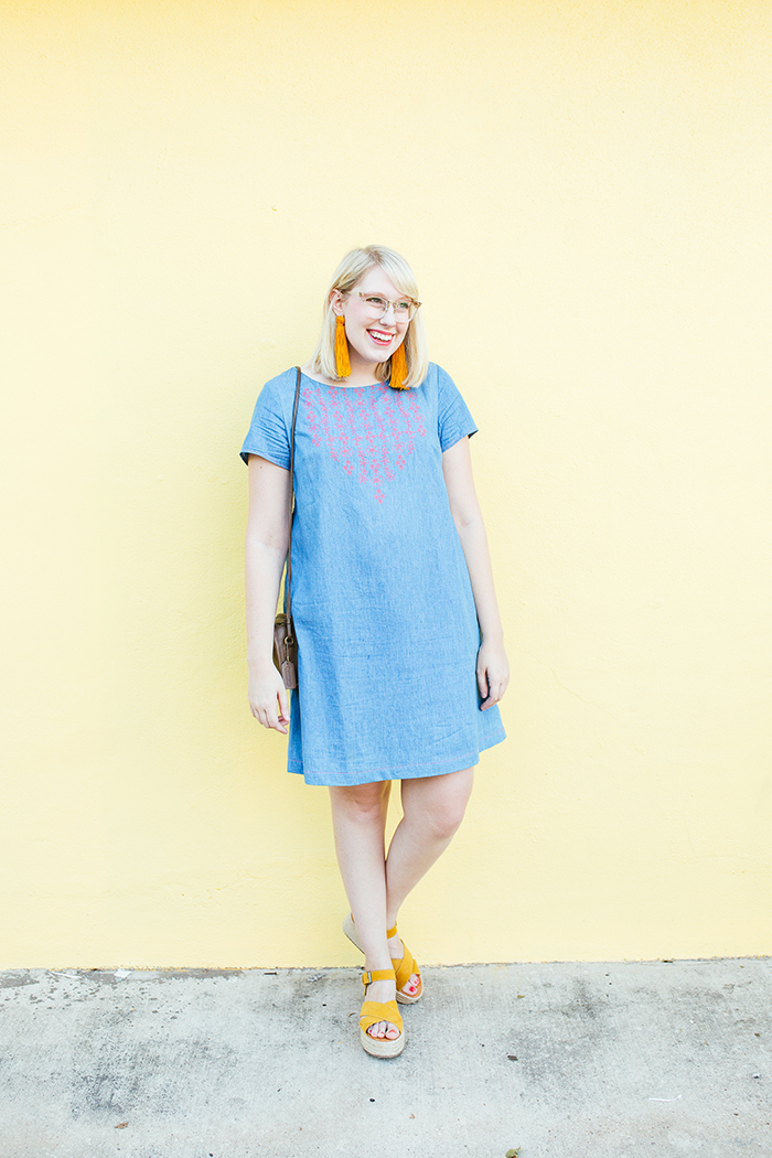austin style blogger writes like a girl embroidered denim shift dress1