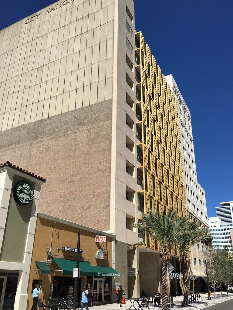 Hotels Near Bayside Mall Miami