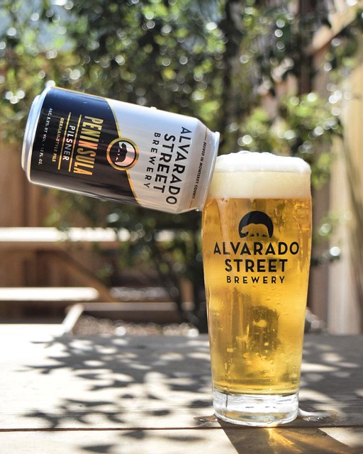 You could call us a bunch of Pilsnerds...it may be the most refreshing beer style in existence. Happy weekend y'all. 🙌🍺😎 #pilsnerd #pilsner #drinkfresh #burphops #alvaradostreet #monterey #summer #independentbeer