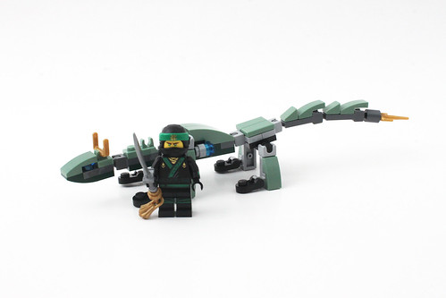 The LEGO Ninjago Movie Mini Green Ninja Mech Dragon (30428)