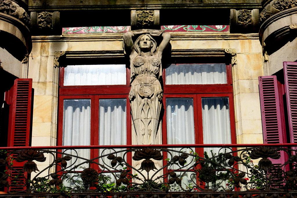 Balcones y ventanas de Gijón