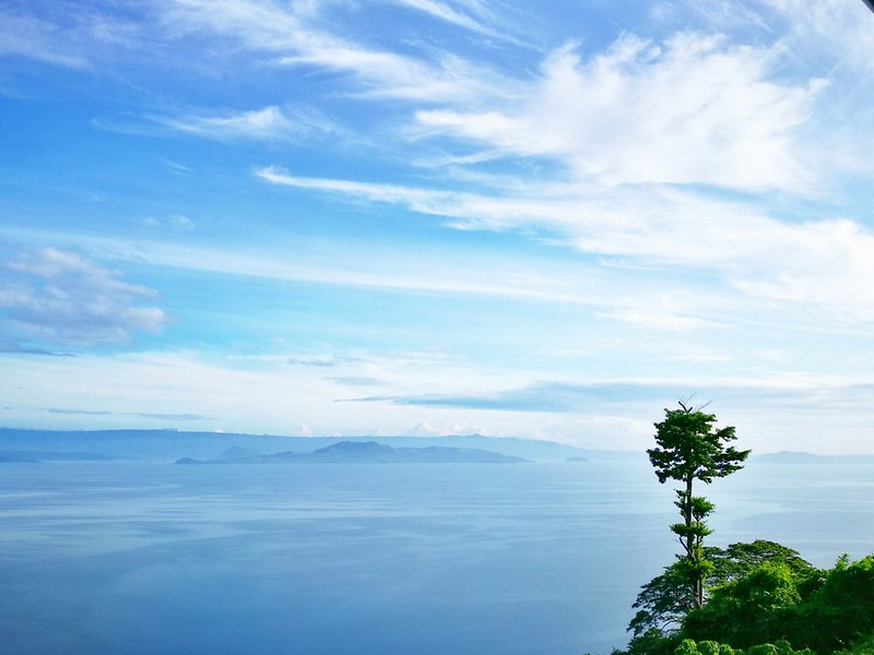 view of taal lake | www.wearejuanderers.com