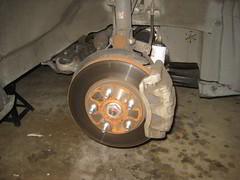 2005-2010 Honda Odyssey Minivan Front Brakes - Changing Front Brake Pads - Rotor, Bracket, Caliper & Suspension