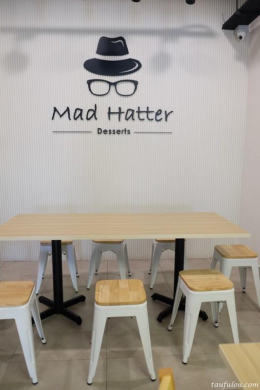 Mad Hatter Desserts (5)