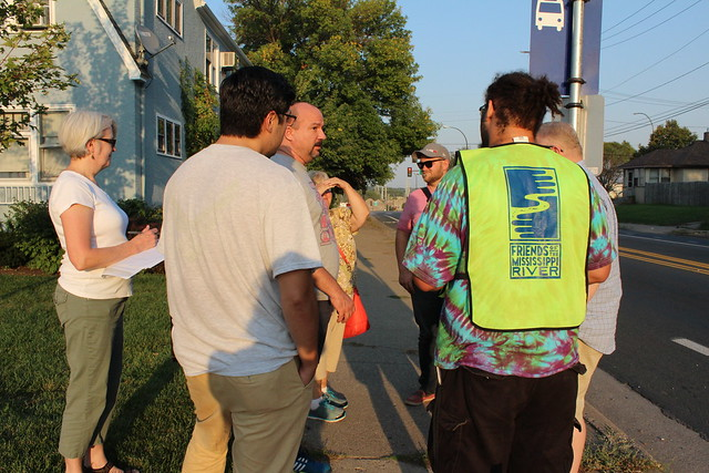Northside residents discuss Dowling Ave North path to the river