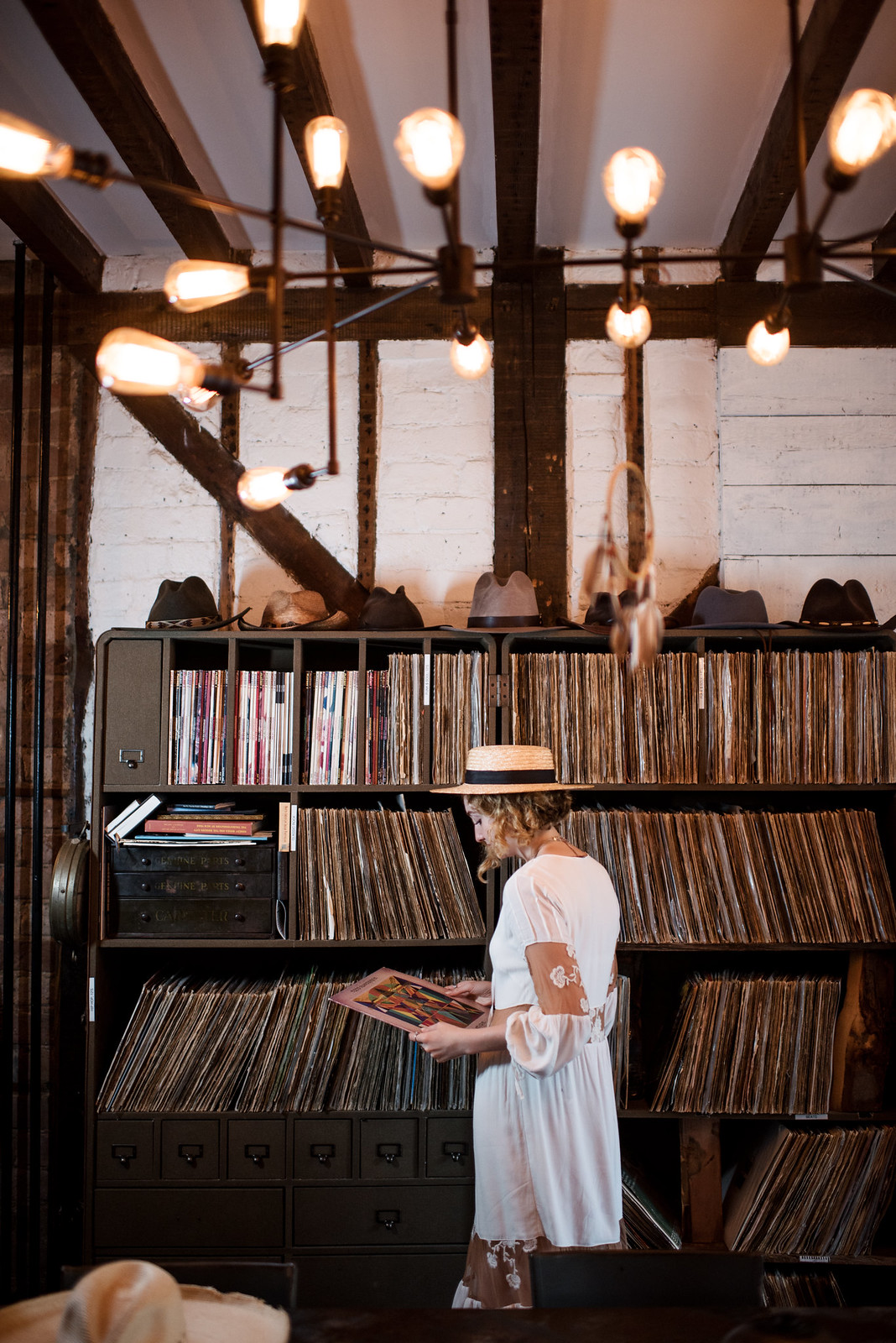 Browsing the Urban Cowboy Record Collection on juliettelaura.blogspot.com