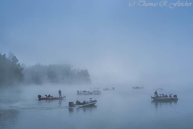 Fishing in the Fog Summersville Lake