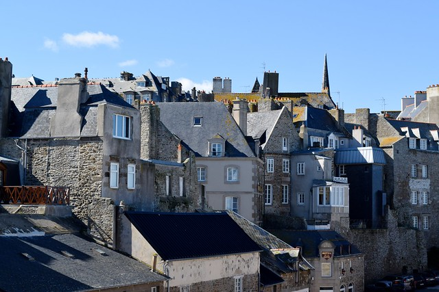 Old Town St. Malo, Brittany | www.rachelphipps.com @rachelphipps