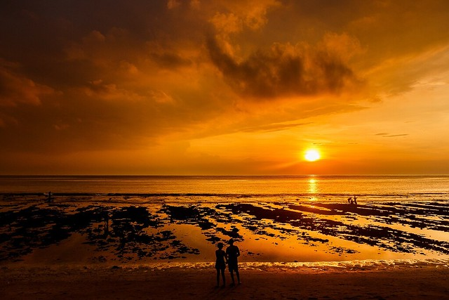 Sunset Mangsit Beach, Canon EOS 70D, Canon EF-S 18-55mm f/3.5-5.6 IS STM