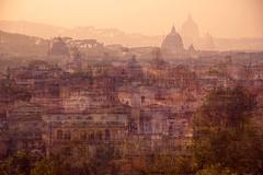 Luce sui tetti di Roma
