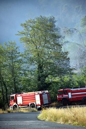 Incendio sulle colline di Casalguidi foto di Stefano Di Cecio