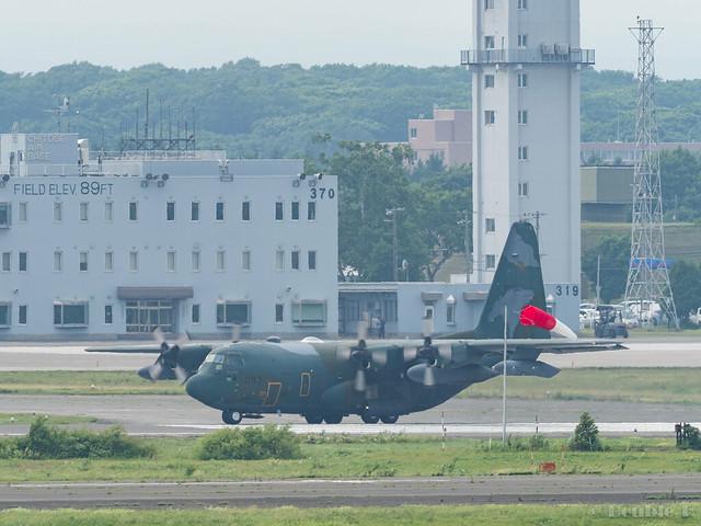 JASDF Chitose AB Airshow 2017 Rehearsal 7.21 (13) JASDF C-130H #083