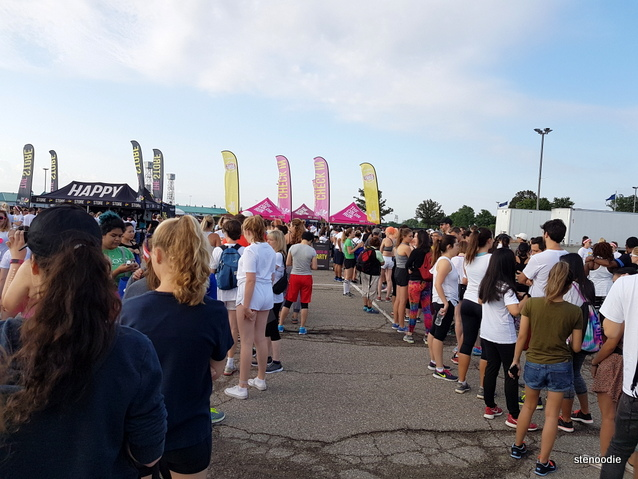 Color Run 2017 in Toronto check-in line-up