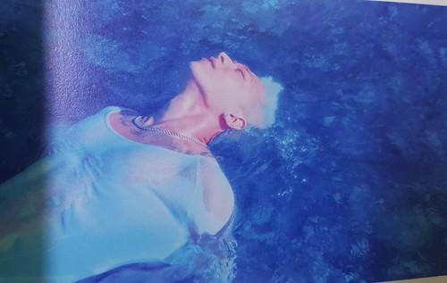 Taeyang WHITE NIGHT WHITE Edition (18)