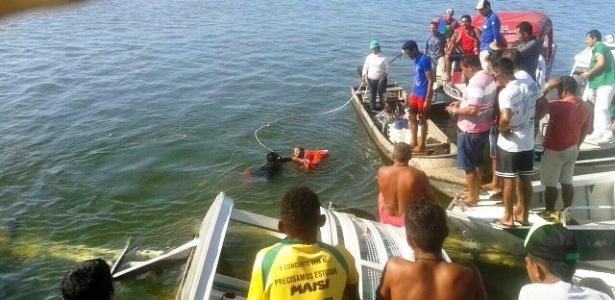 Tromba d'água atingiu embarcação que afundou no rio Xingu, resgate. embarcação afunda no rio Xingu