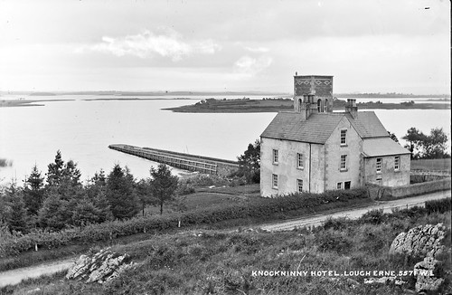 robertfrench williamlawrence lawrencecollection lawrencephotographicstudio thelawrencephotographcollection glassnegative nationallibraryofireland lougherne knockninnyhotel jetty pier ulster northernireland probablecataloguecorrection derrylin derry knockninny upperlougherne johngreyveseyporter porter knockninnyhill locationidentified countyfermanagh