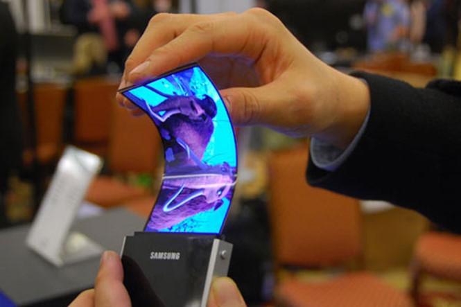 Điện thoại màn hình có thể gập sắp thành hiện thực