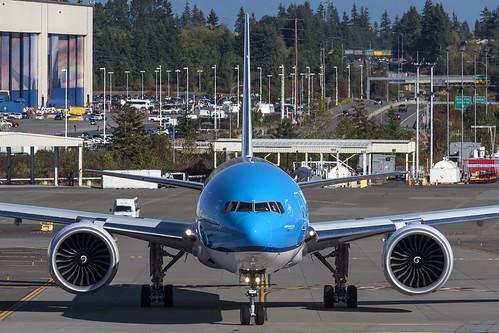 KLM Boeing 777-300ER PH-BVU
