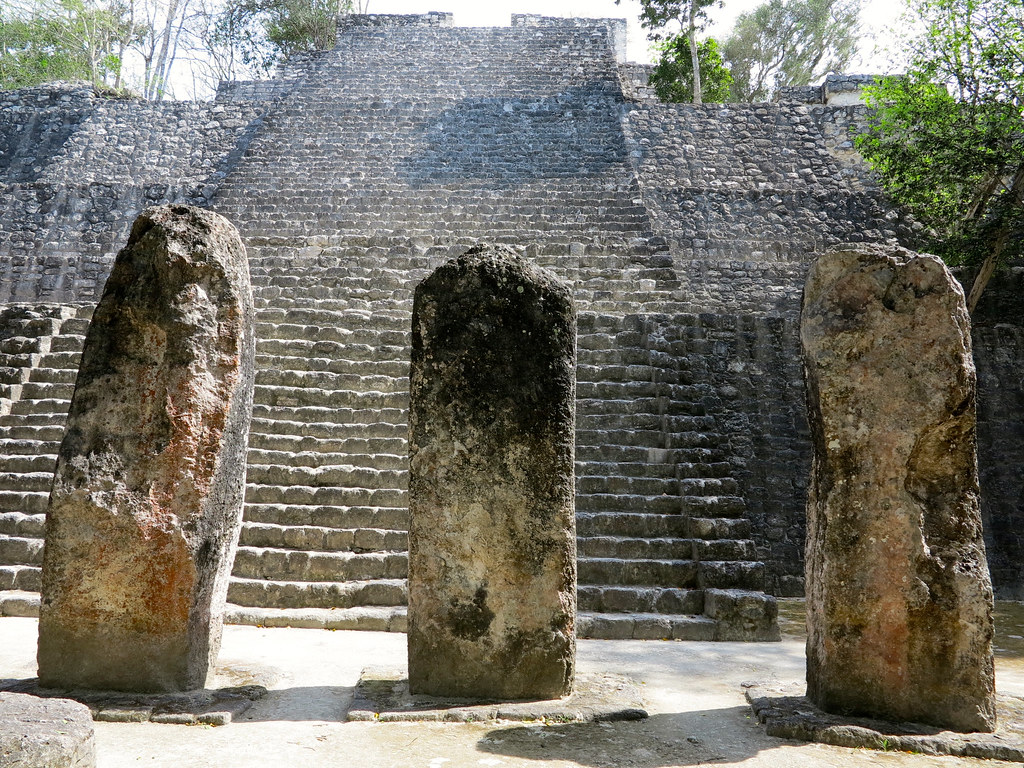 Estelas en Calakmul