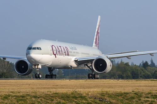Qatar Airways Boeing 777-300ER A7-BEL