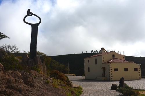 Der Alto hinten, die Kirche in der Mitte und links die Hände vom Silbo