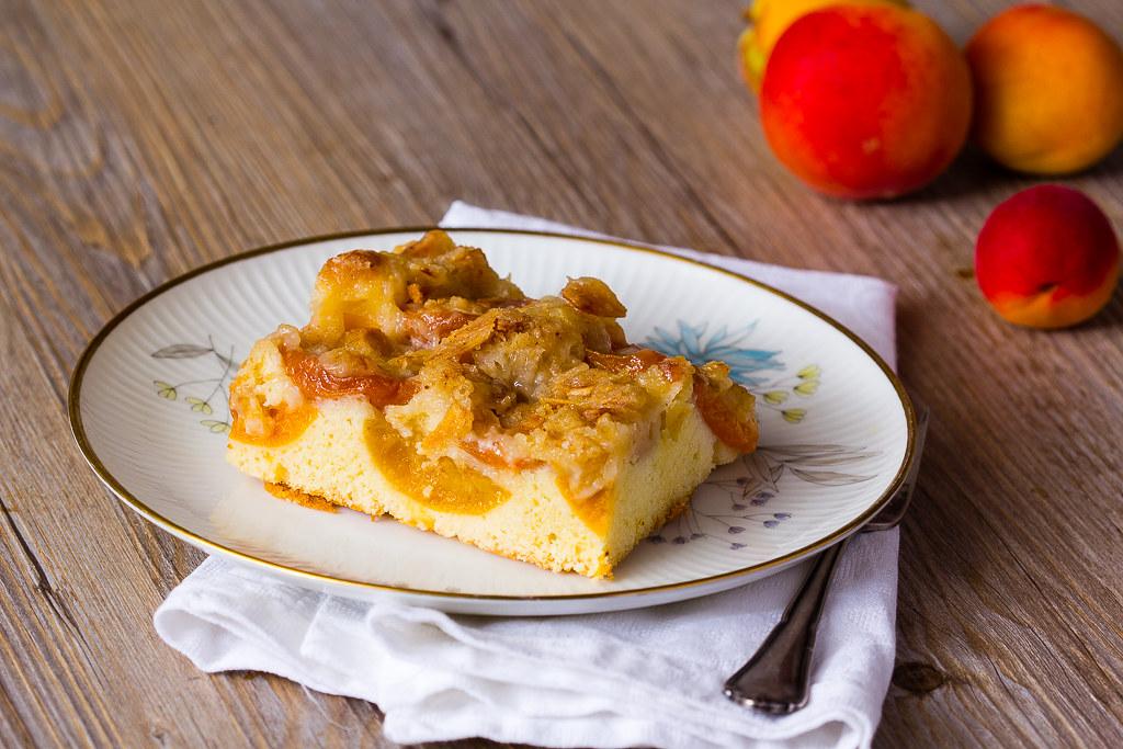 Aprikosenkuchen vom Blech via lunchforone.de