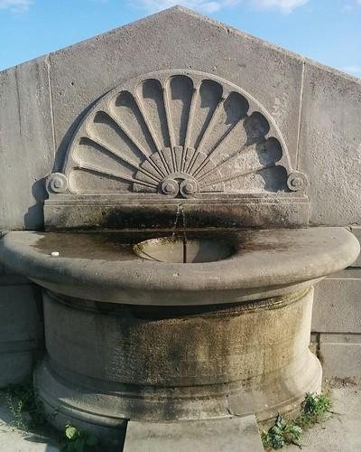 Drinking fountain #toronto #scarborough #lakeontario #rcharriswatertreatmentplant #fountain