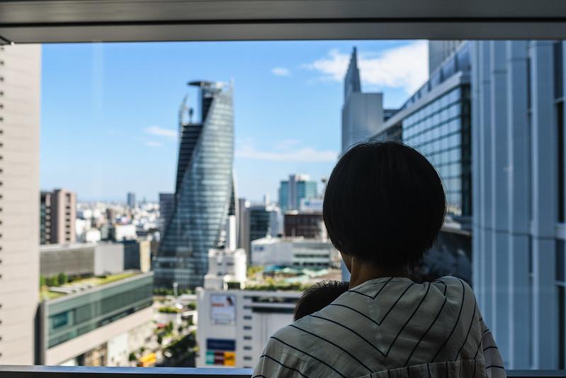 日本一高いスタバから見えるスパイラルタワー