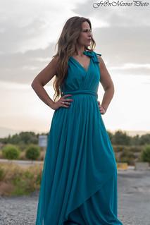 Siempre hay que #empezar por algún sitio para #llegar a alguna #parte...#elprat #retrato #fotos #fotografia #horizonte #fotografiaartistica #foto #retratodemujer #vestido #pensamientos #amor #rosapalo_chic