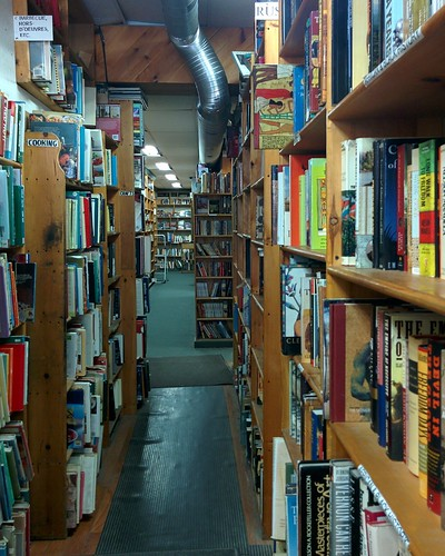 Eliot's Bookshop (11) #toronto #yongestreet #yongeandwellesley #eliotsbookshop #bookstore #usedbooks #books