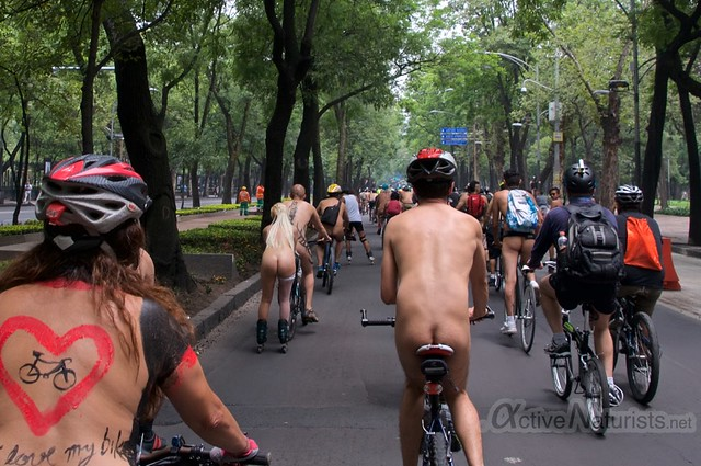 naturist 0010 WNBR World Naked Bike Ride, Mexico
