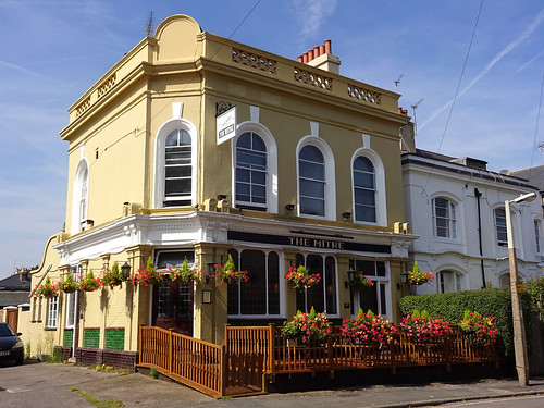 Mitre, Richmond, London TW9