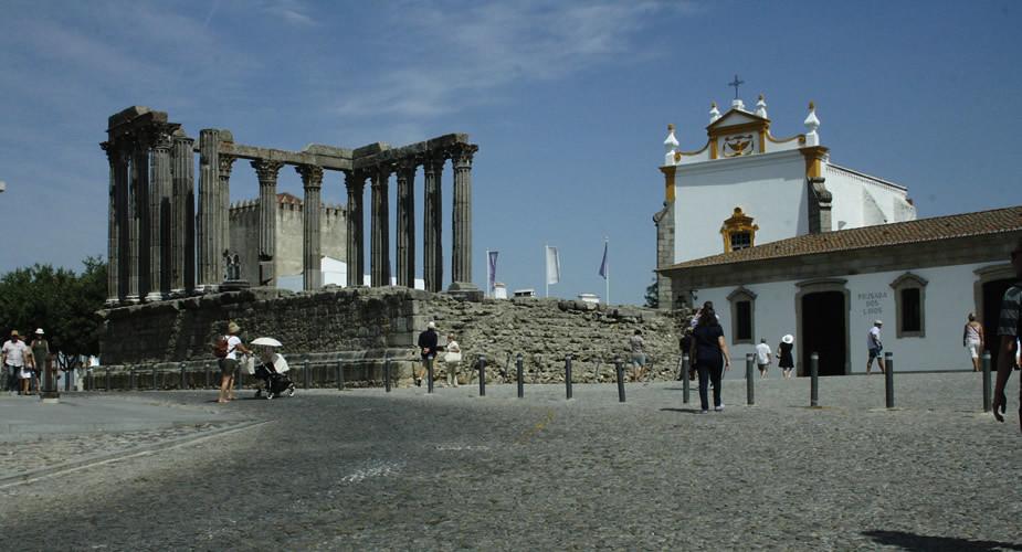 Onbekende stedentrip Portugal, stedentrip Evora. Bezienswaardigheden Evora, Portugal | Mooistestedentrips.nl